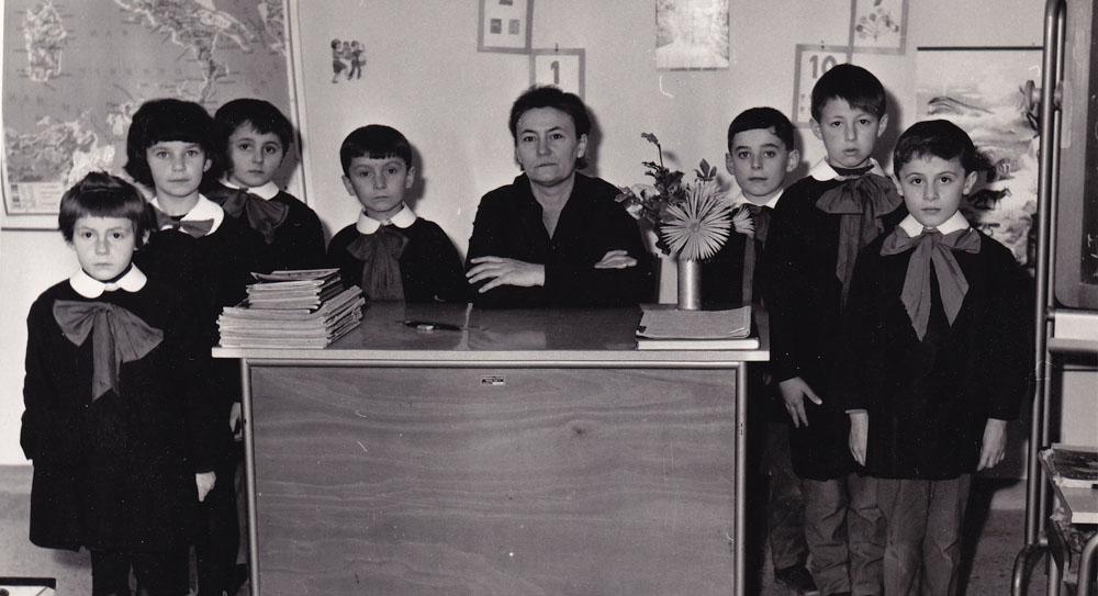 Dignità agli Insegnanti