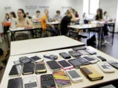ammissione dei cellulari