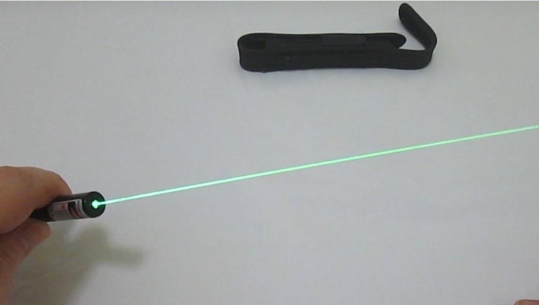 laser negli occhi