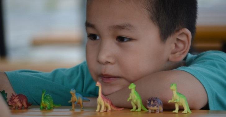 Dinosauri Rendono Bambini Intelligenti