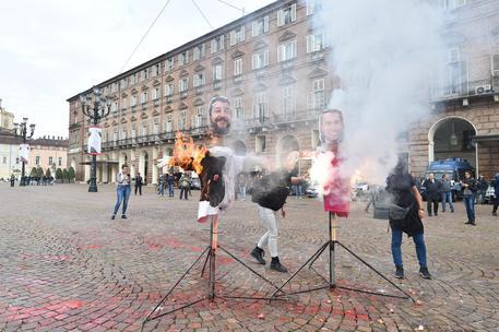 studenti scendono in piazza