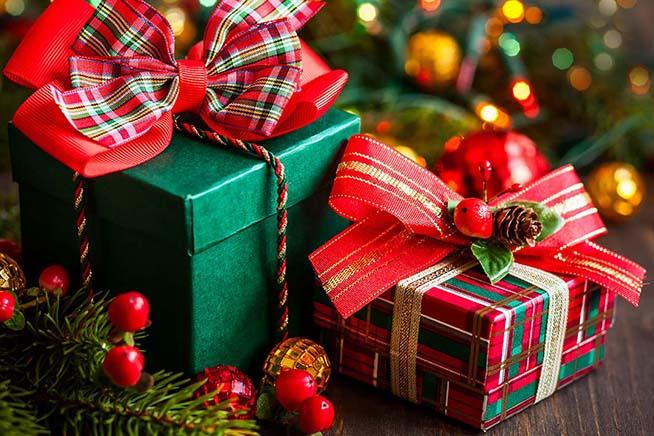 Regali Di Natale 3 Anni.Pensionato Di 87 Anni Muore E Lascia Alla Figlia Dei Vicini Un Sacco