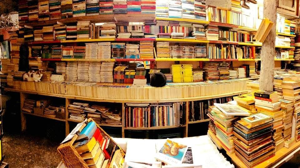 Libreria Acqua Alta interno