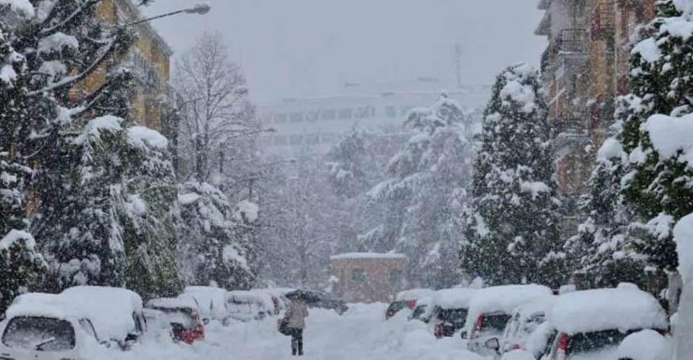 scuole chiuse venerdì 11 dicembre
