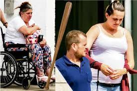 Madre e Figlia Disabili vicini