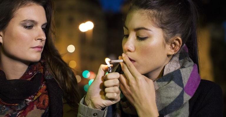 Sempre Più Studenti Fumano Marijuana