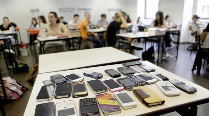 Smartphone Vietati