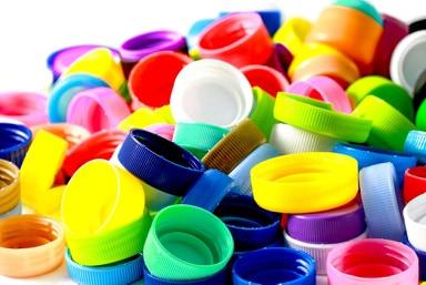 È Successo Davvero: La Raccolta dei Tappi di Plastica È Serv