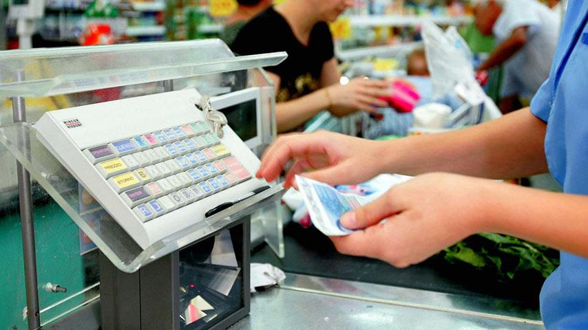 cassiera supermercato