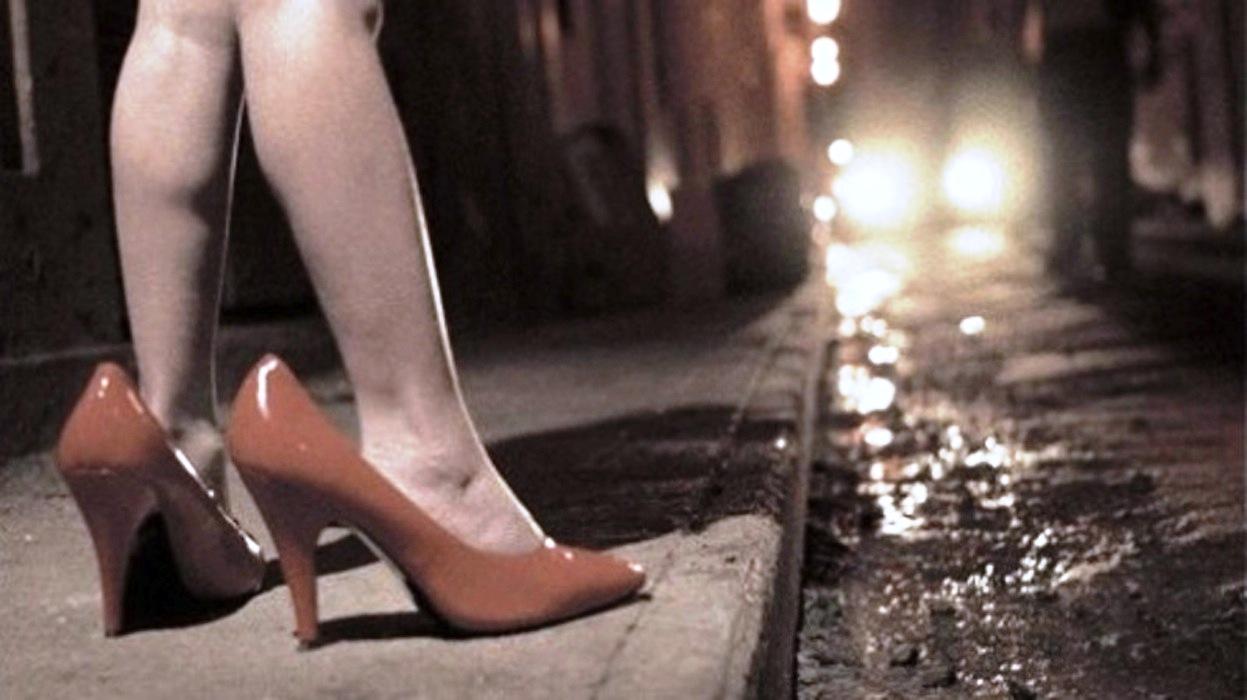 Faceva Prostituire La Figlia di 13 Anni, Condannata La Madre