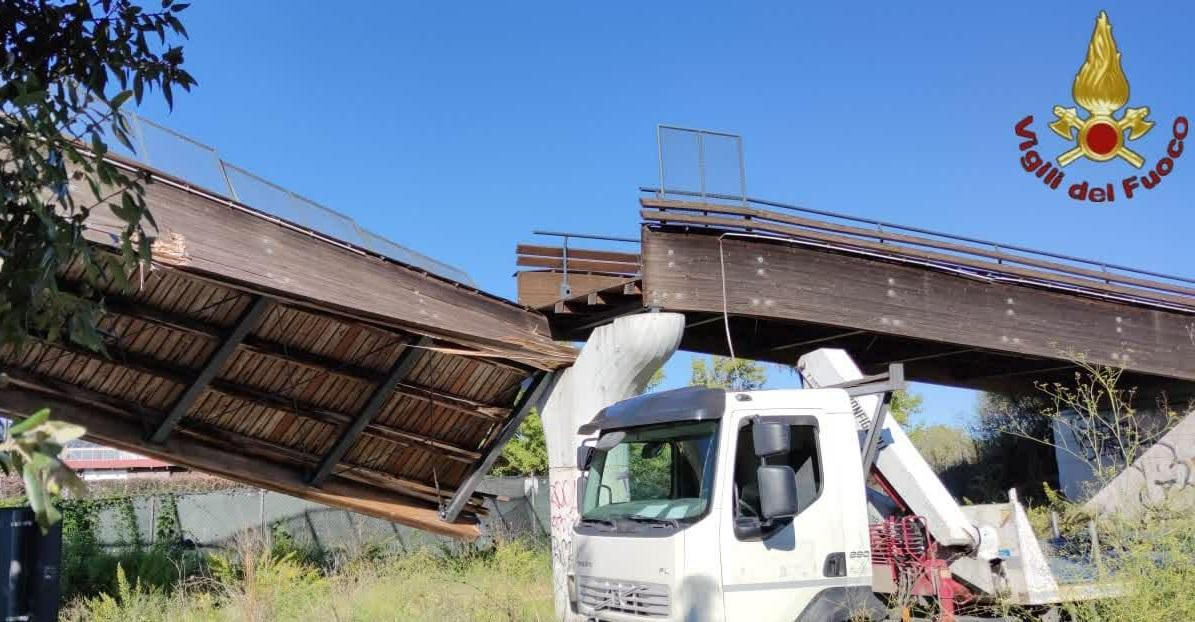Crolla Ponte Ciclopedonale