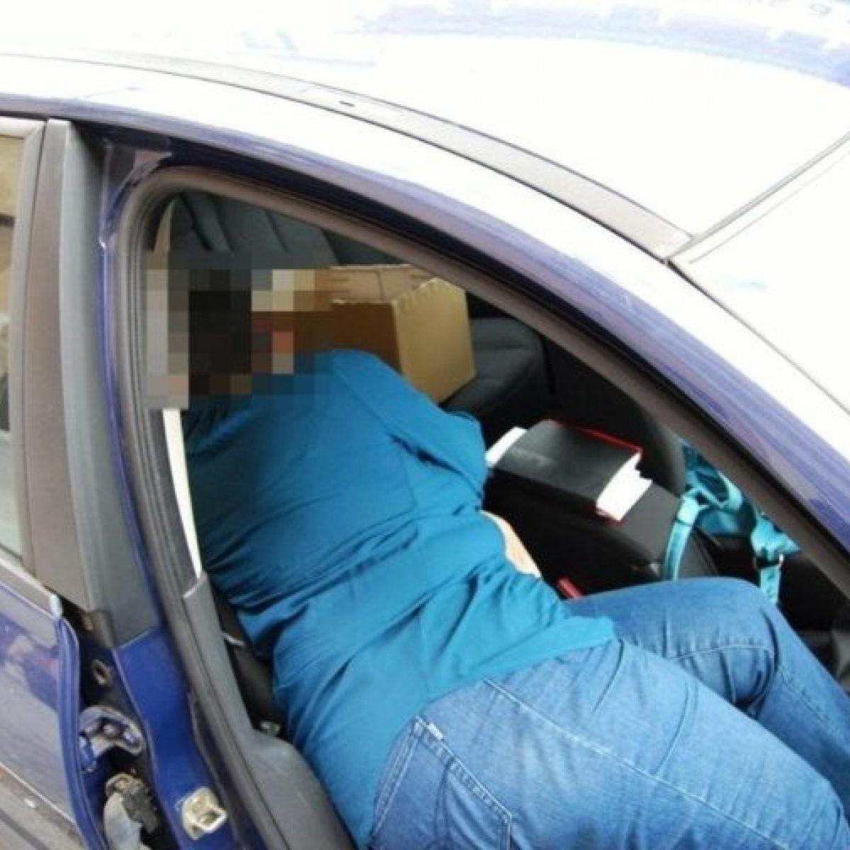 Positivo Messo a Dormire in Auto